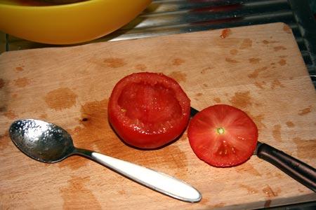 Svuotiamo i pomodori
