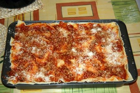 Lasagna pronta per il forno