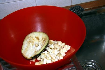Polpa ed esterno della melanzana sotto sale