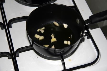 Soffriggiamo l'aglio